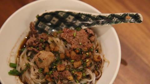 gourmet vietnamese beef noodles Live Action