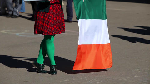 Irish dance for St. Patrick's Day with national Irish flag Filmmaterial