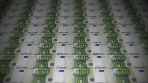 100 euros travelling 01 Stock Video Footage