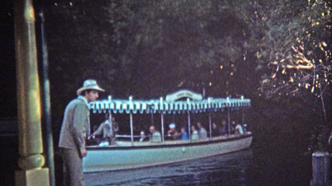 1972: Walt Disney World rides 20,000 Leagues Under the Sea and Jungle Cruise Footage
