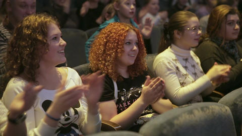 Girls Delighted with the Show Applauding Footage