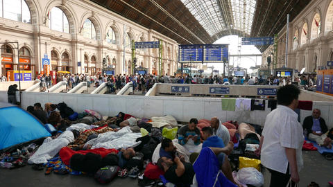 4 K Syrian Migrants at the Eastern Railway Station in Budapest Hungary 26 Footage