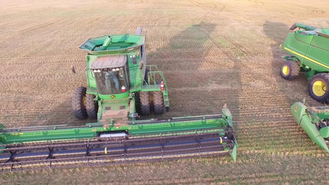 Combines and Grain Cart Footage