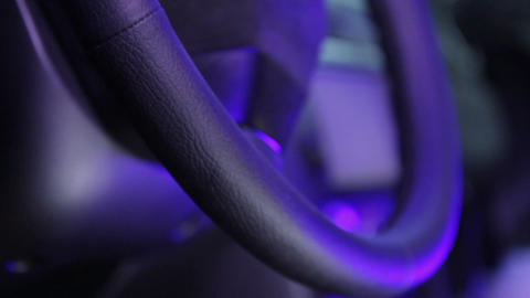 Service and repair: the result of renovation of the skin-covered steering wheel Live Action