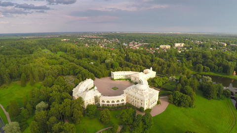 Flying over park and palace in Pavlovsk Footage
