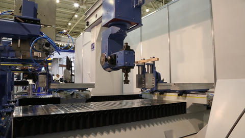 Multiprocessing machine tool for woodworking enterprise Live Action