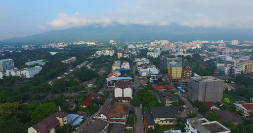 aerial dolly of Chiang Mai Live影片