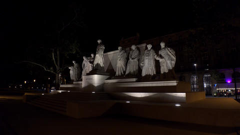 The monument, a sculpture in Budapest. Night. 4K Footage