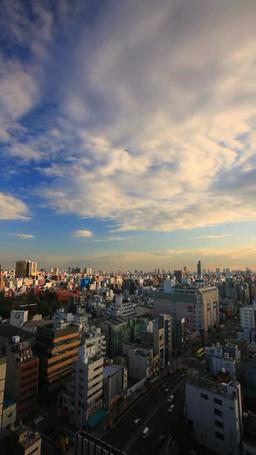 浅草の街並と国際通りと流れる雲 夕景 Footage