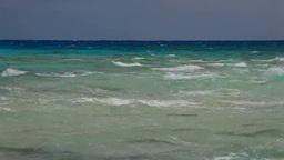 打ち寄せる波と波しぶき Footage