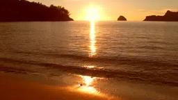 小笠原父島の扇浦の夕陽 Footage