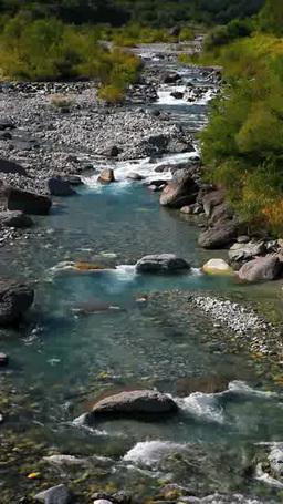 松川の流れ 영상물
