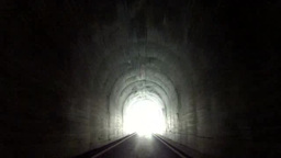 トンネル Footage