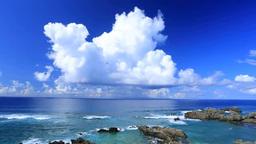 前浜海岸と積乱雲と沖縄本島 Footage