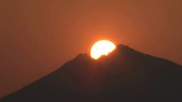 筑波山頂に沈む太陽 Footage
