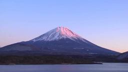 夕映えの富士山と本栖湖 Footage