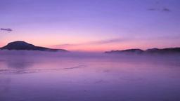 朝もや立つ夜明けの屈斜路湖 Footage