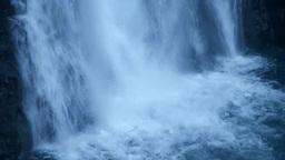 水しぶきを上げる法体の滝 Footage