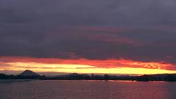 琵琶湖湖岸からの朝焼け Stock Video Footage