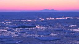 流氷と国後島の夜明け Footage