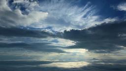 朝の雲海と光芒 Footage