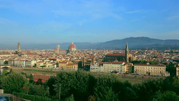 ミケランジェロ広場からフィレンツェ市街 Stock Video Footage