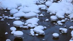 流れと雪の造形 Stock Video Footage
