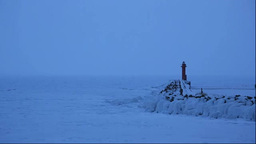 夜明の灯台と流氷 Stock Video Footage