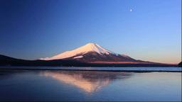 朝焼けの富士山と山中湖 Stock Video Footage