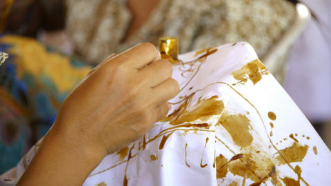 Making batik 5 Stock Video Footage