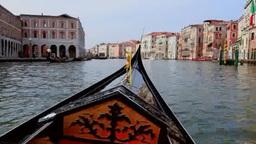 ベネチアの水路とゴンドラ Footage
