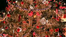 旧市街広場のクリスマスツリーのオーナメント Footage