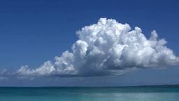Emerald green sea and cumulonimbus Footage
