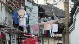 路地に干された洗濯物 Footage