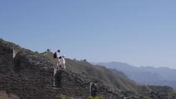 万里の長城を歩く人々 Footage