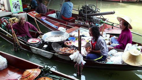 6of 9 Thailand , Southeast Asia , Damnoen Saduak Floating Market near Bangkok Footage