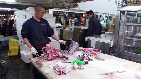 7of 23 Seafood , tuna , people , Tsukiji fish market , Tokyo , Japan , Asia Footage