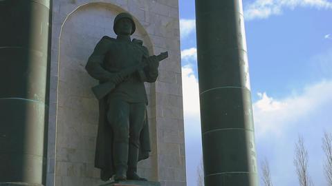arc de triomphe Art Kursk soldier 1 影片素材