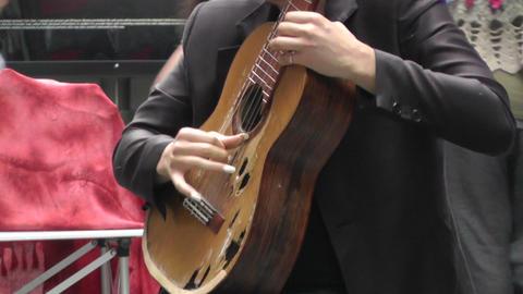 Sydney Pitt Street Musician 02 Footage