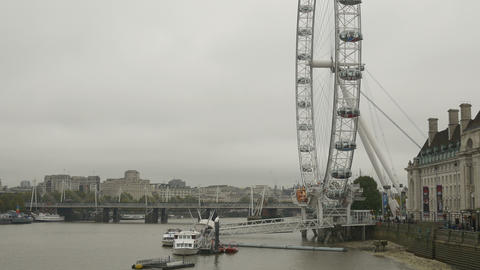 London Wheel on Cloudy Day Footage