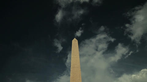 View of washington monument, tilt down Stock Video Footage