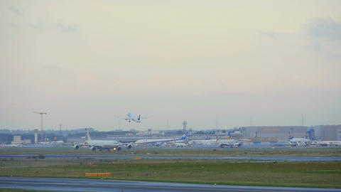 Frankfurt airport traffic Live Action