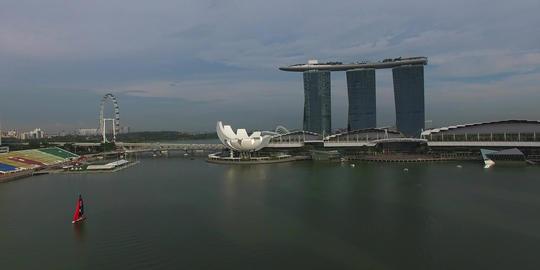 perfect day flight towards Marina bay sands Footage