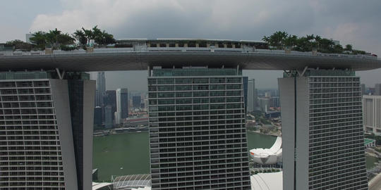 high rising aerial over marina bay sands Footage
