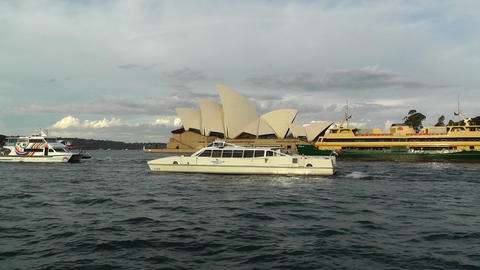 Sydney Opera House 09 ships Footage