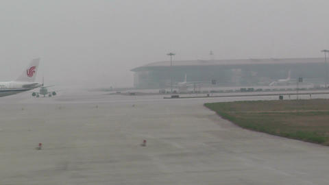 Beijing Capital International Airport 27 on the runway waiting line handheld Footage