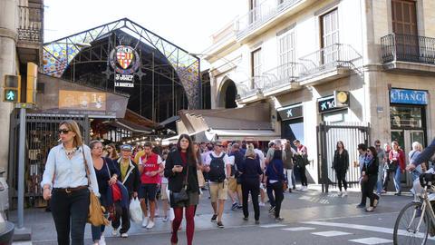 Crowded La Boqueria Marketplace in Barcelona Footage
