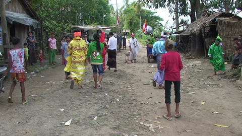 Pathein, women collect money for party with scales Live Action