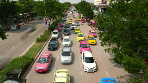 Busy congestion road oncoming direction from above, time lapse shot Footage