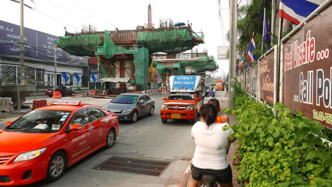 Samraong BTS Station Construction Site, Supporting Column Formwork, Busy Road stock footage